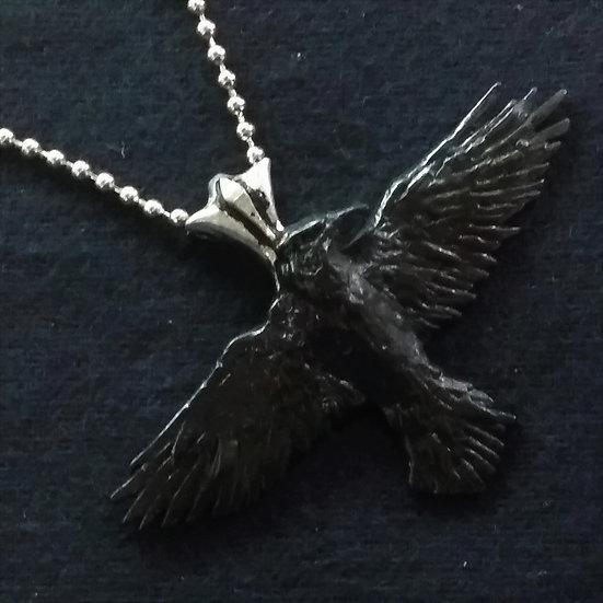 Alchemy Gothic England P193 Black Raven Pendant