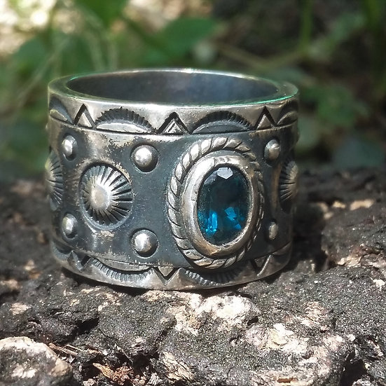 Authentic Good Vibrations USA Indian BLUE CZ TOPAZ 925 STERLING SILVER RING
