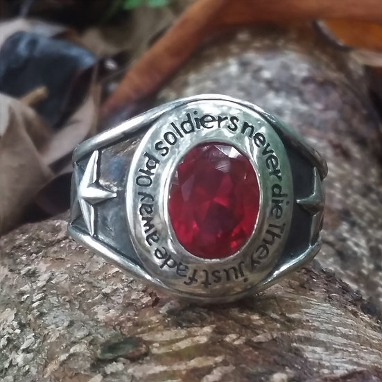 Red Star Crystal Ring 925 Sterling Silver