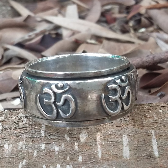 Tibetan Om Spinning Ring 925 Sterling Silver