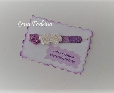 Clip con flores mini y papel