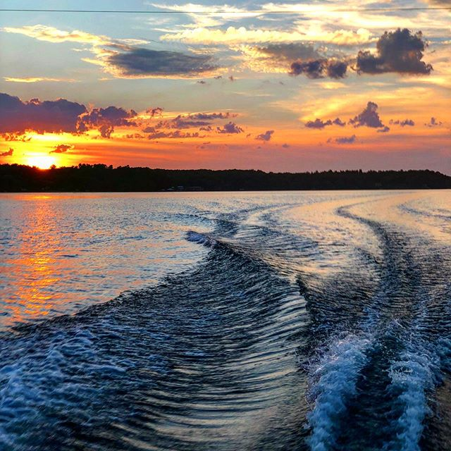 A evening cruise is just what the doctor