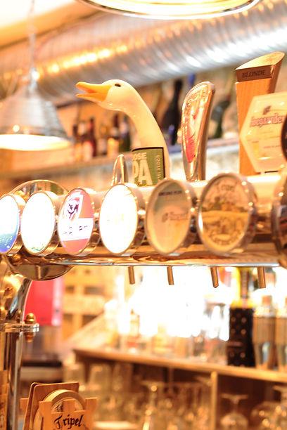 Bar-Bouteilles--Le-Saint-Privas-El-Argen