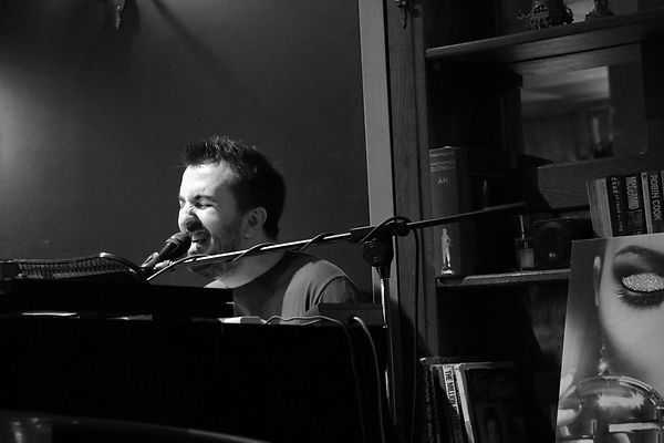 Julien Simoni pianiste auteur compositeu