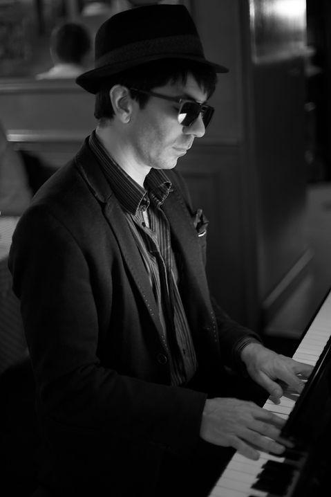 NY9A0310_1-Pianiste-Vincent-Lafleur-Cast