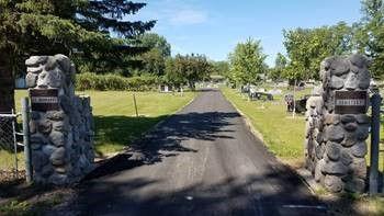 St b cemetery 1.jpg