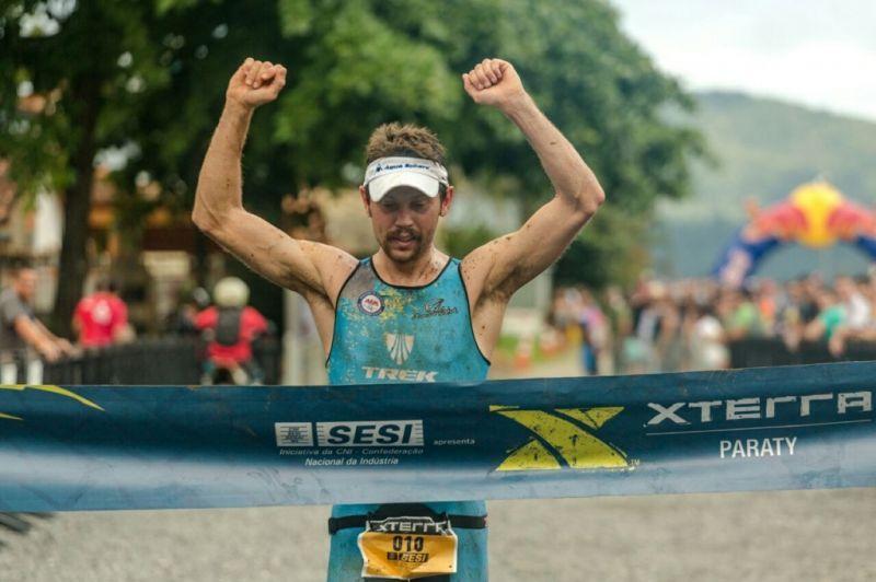 Apesar da segunda colocação na etapa, Felipe Moletta conquistou o hexa no Triathlon