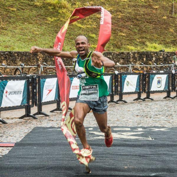Gleiciomar dos Santos conquistou sua primeira vitória no XTERRA Endurance e não conteve o choro