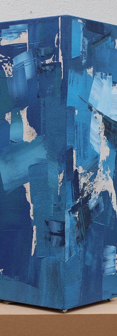Colonne bleue
