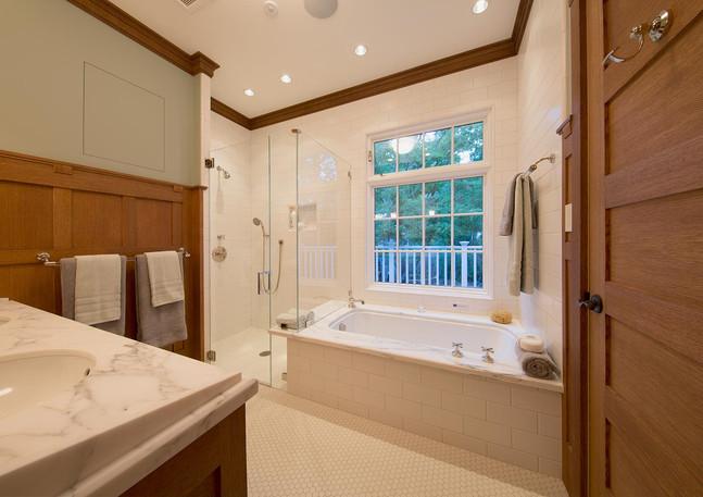 PANELLED MASTER BATHROOM