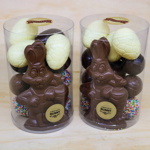 12 Mixed Easter Eggs with Milk Chocolate Carrot Bunny 500g
