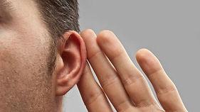 hand on pinna to improve hearing