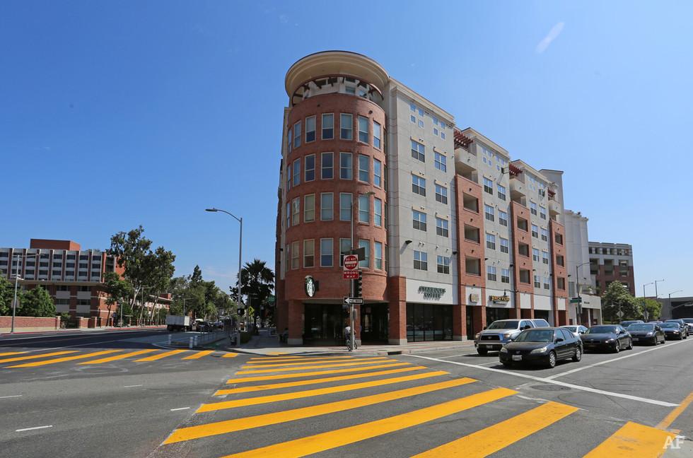 Icon Plaza at USC, Los Angeles, CA