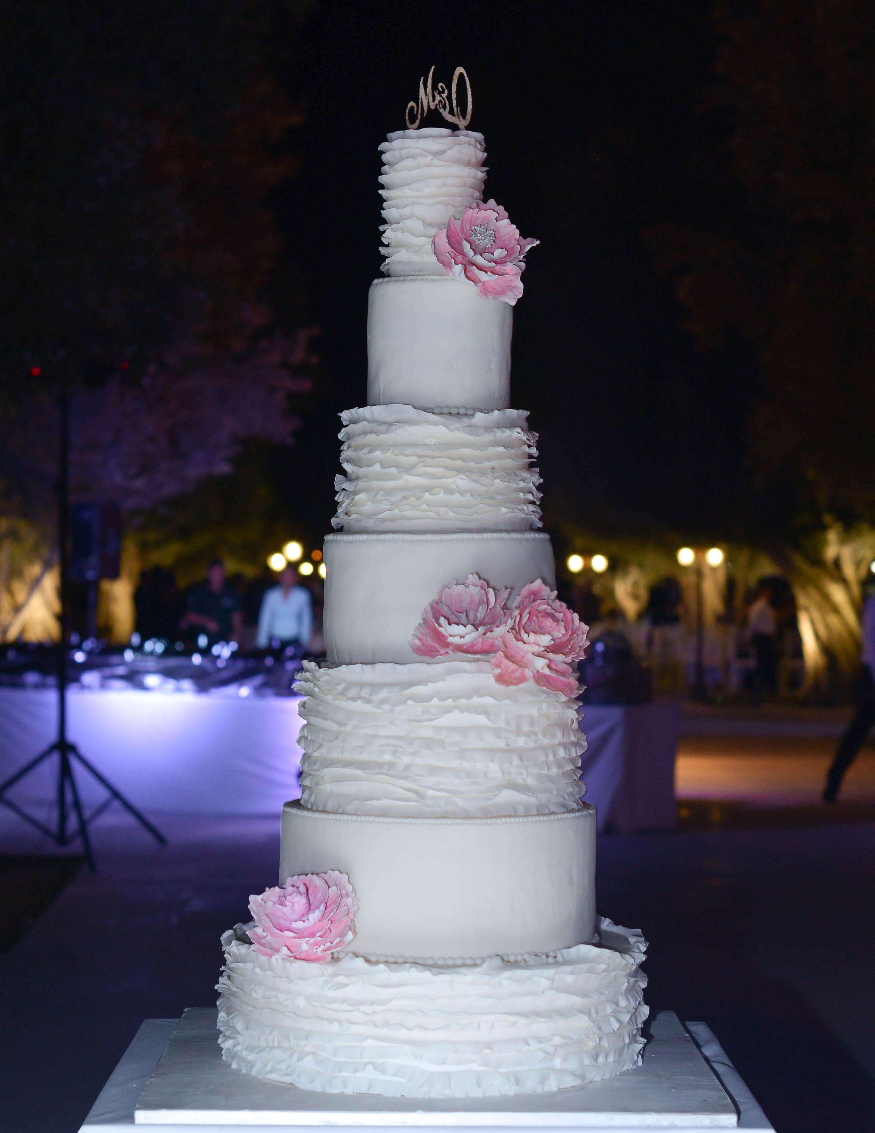 Tall Tower Cake in Abu Dhabi