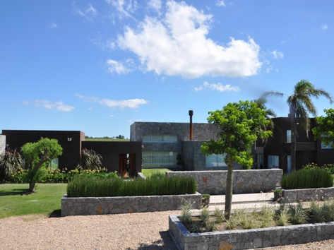 Pueblo Mío, El Refugio - Manantiales