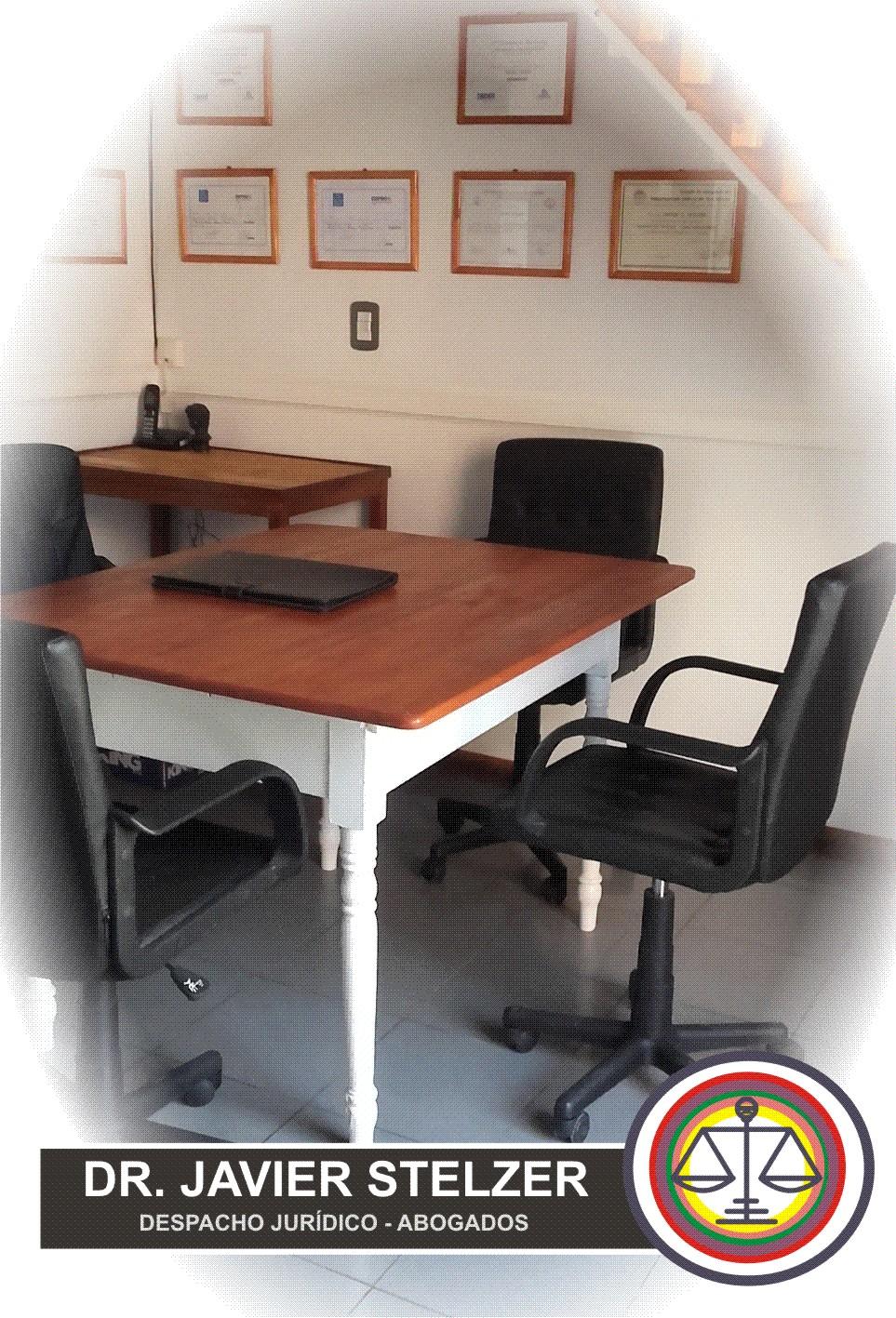 Mesa de trabajo en equipo