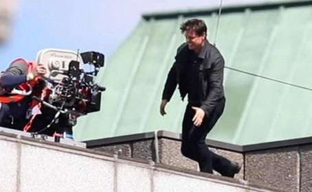 Tom Cruise se blesse sur le plateau de Mission Impossible 6