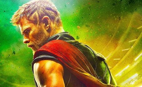 Thor paye de sa personne dans la première bande-annonce de Thor 3