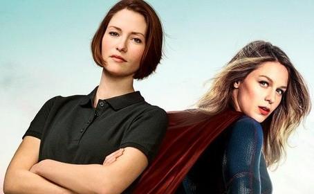 Une affiche salue le caractère des sœurs Danvers dans Supergirl