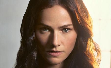 Kelly Overton croit au succès de la série Van Helsing