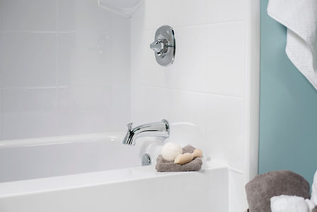 Decor_Bathtub_A_Padova_White-08.jpg