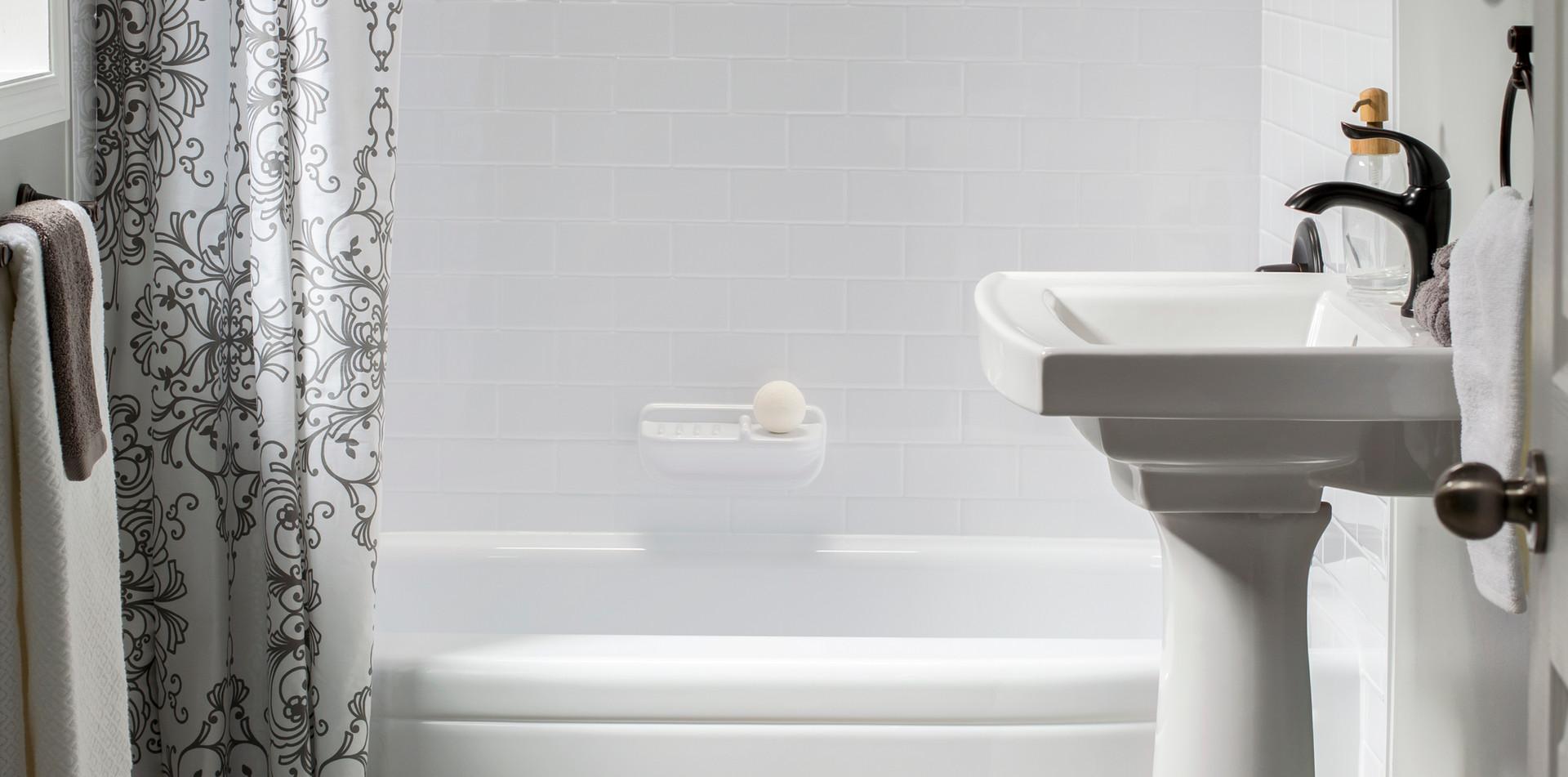 After -Bathtub_P_Savona_White-02.jpg