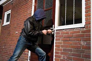 consejos-para-evitar-robos-en-viviendas.