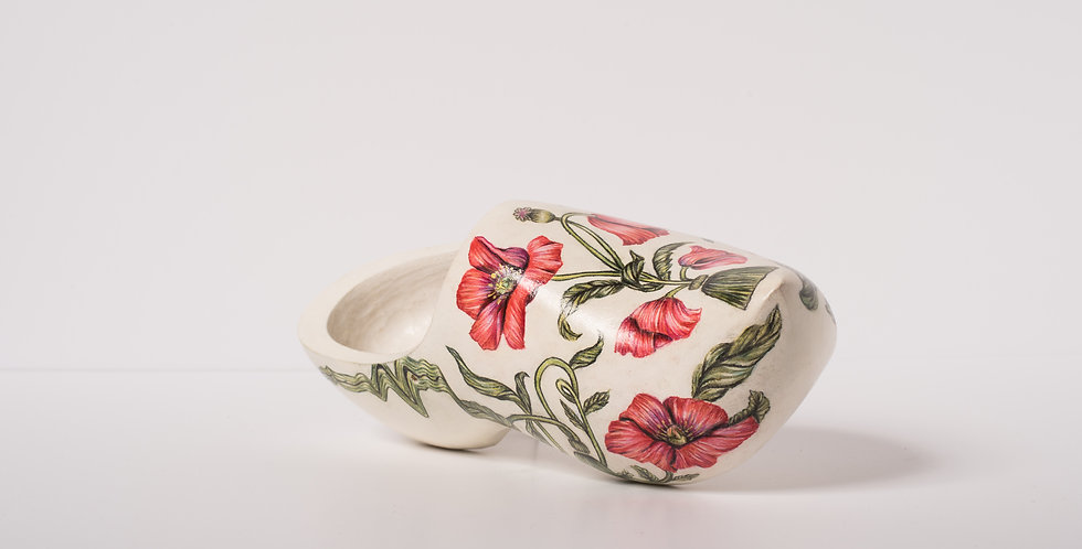Ikram El Messaoudi  'Poppy Flower'