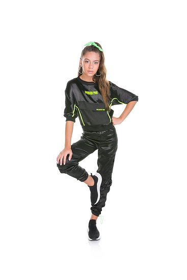 110889 BLUSA OVER BOLSO FRONTAL