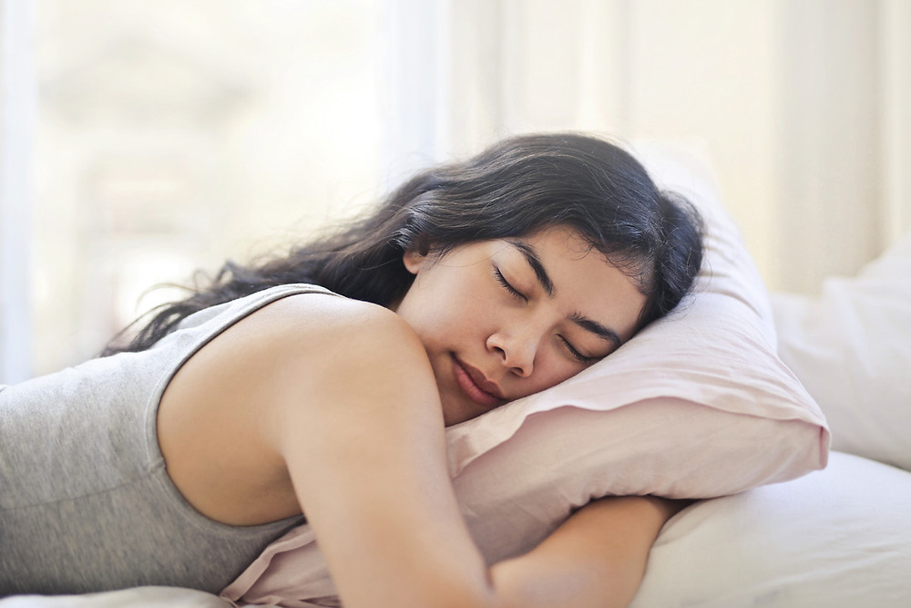 Stomach sleeping causes neck pain and midback pain