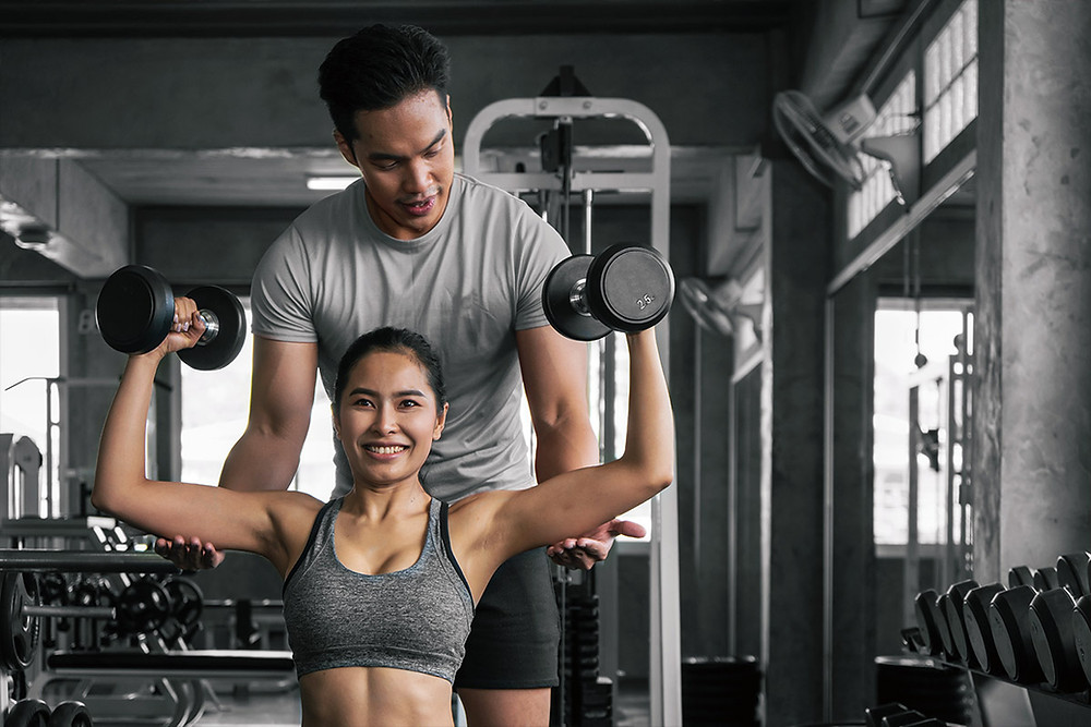 Strength training for healthy shoulders, overhead press