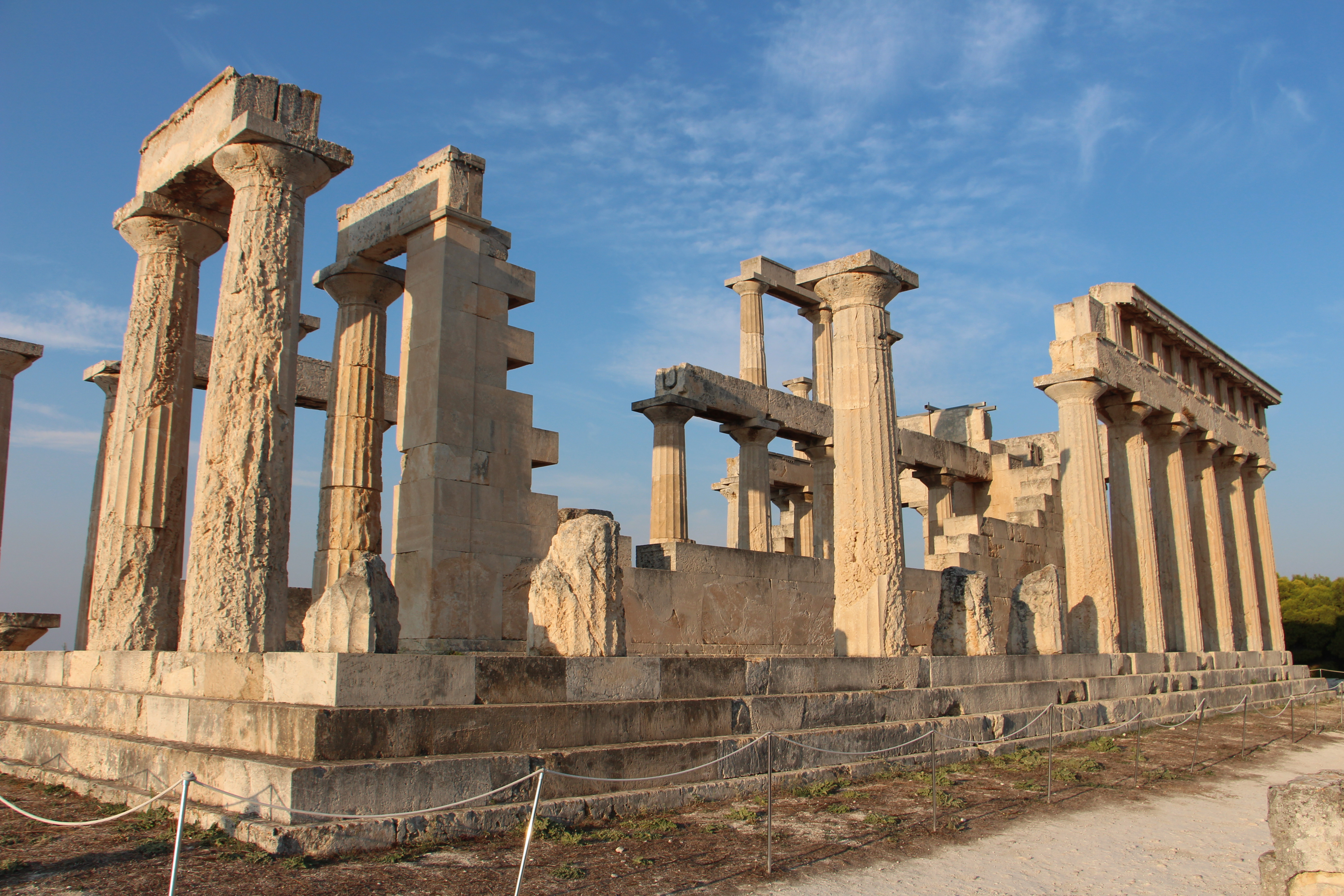 VISIT THE TEMPLE OF AFAIA IN AIGINA