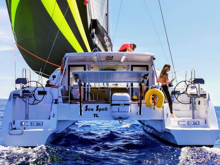 Poupe - Catamaran C-Cat 37 Sea Spell en location à Hyères
