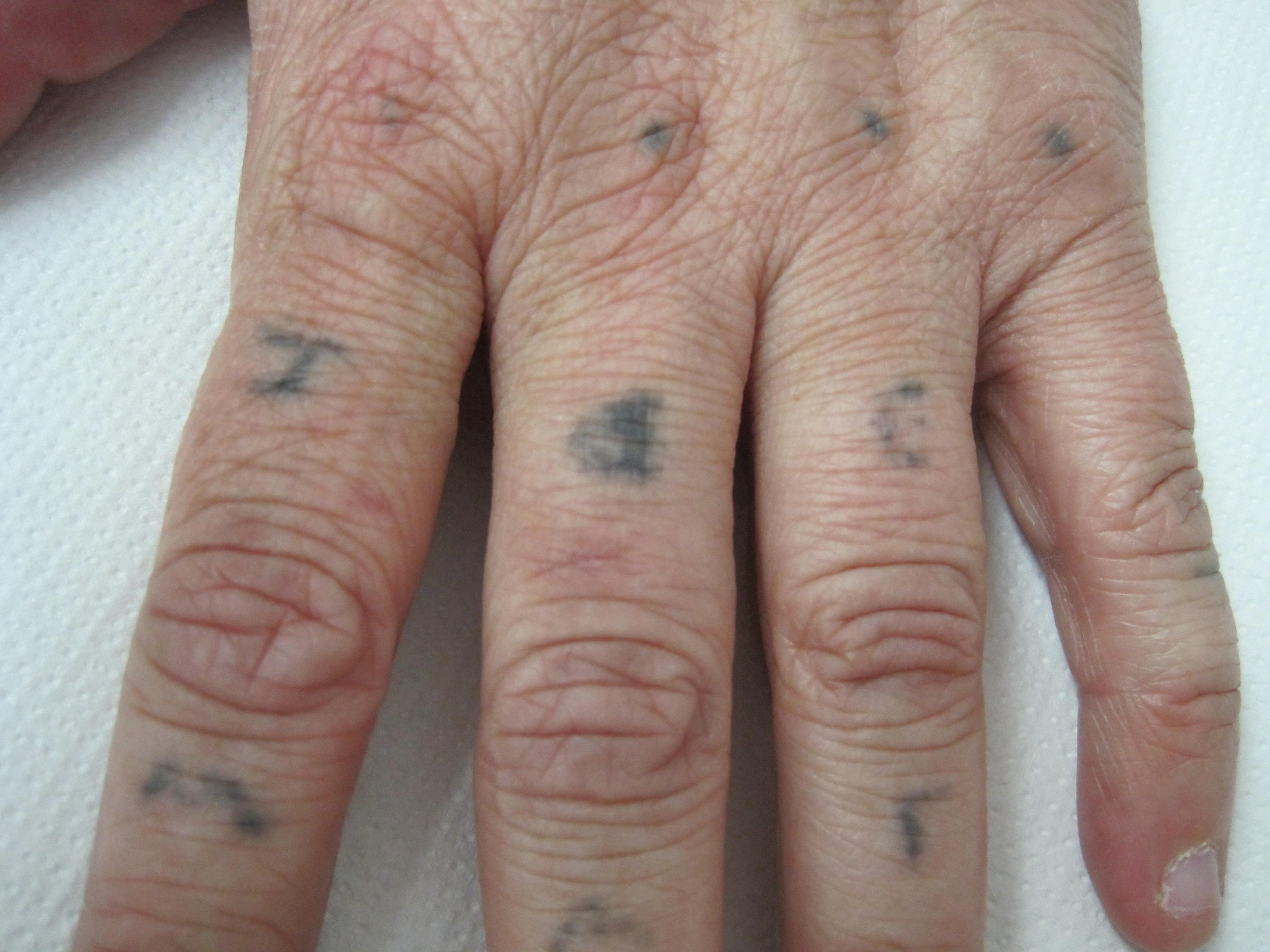 Amateur Tattoo on hand