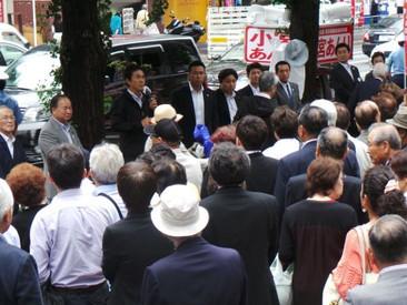 都議会選挙初日