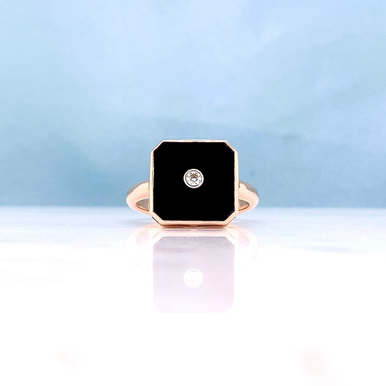 Vintage Style Diamond & Onyx Ring