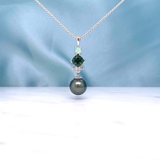 Tahitian Pearl Gemstone Pendant