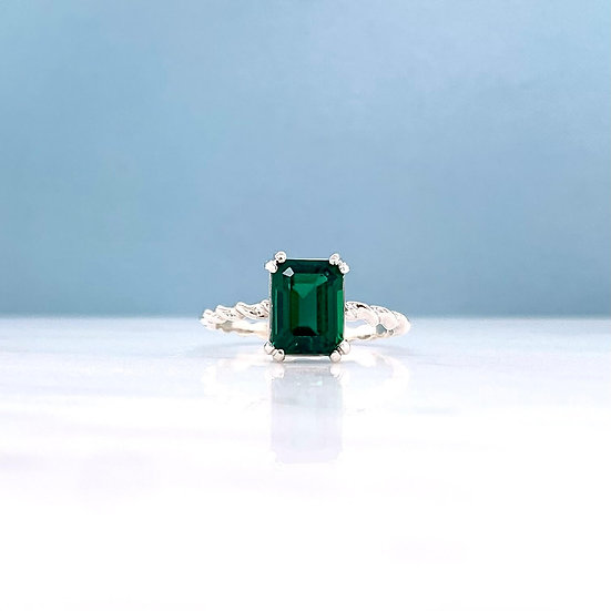 Created Emerald Twist Ring