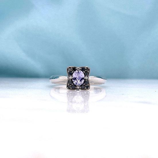 Vintage Design Tanzanite &  Black Diamond Ring