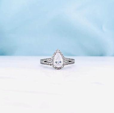 custom-engagement-rings-newcastle-pear-c