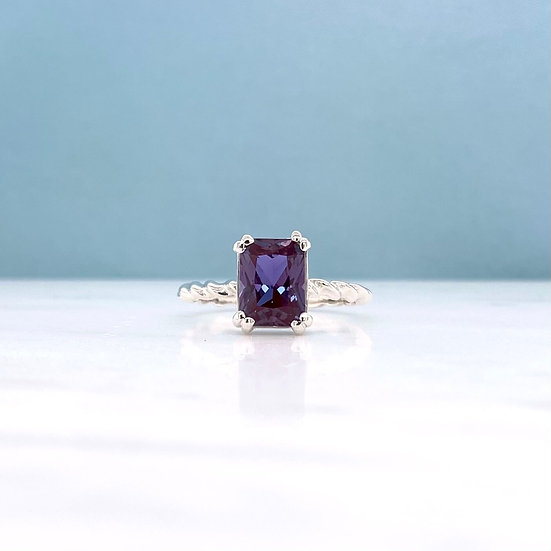 Created Colour Changing Alexandrite Twist Ring