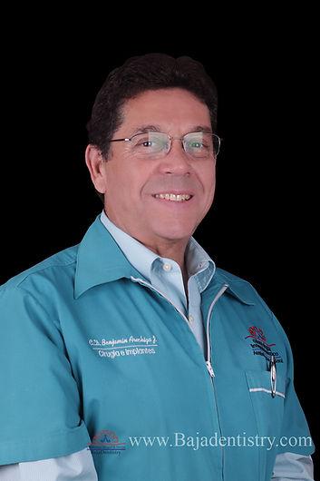 Dr Arechiga 1.jpg