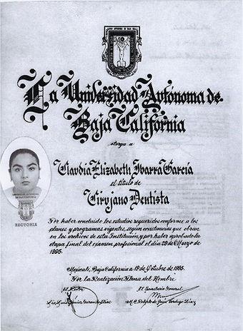diploma dra ibarra.jpg