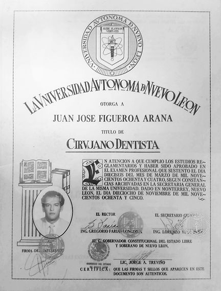 dr Figueroa diploma CD small.jpg