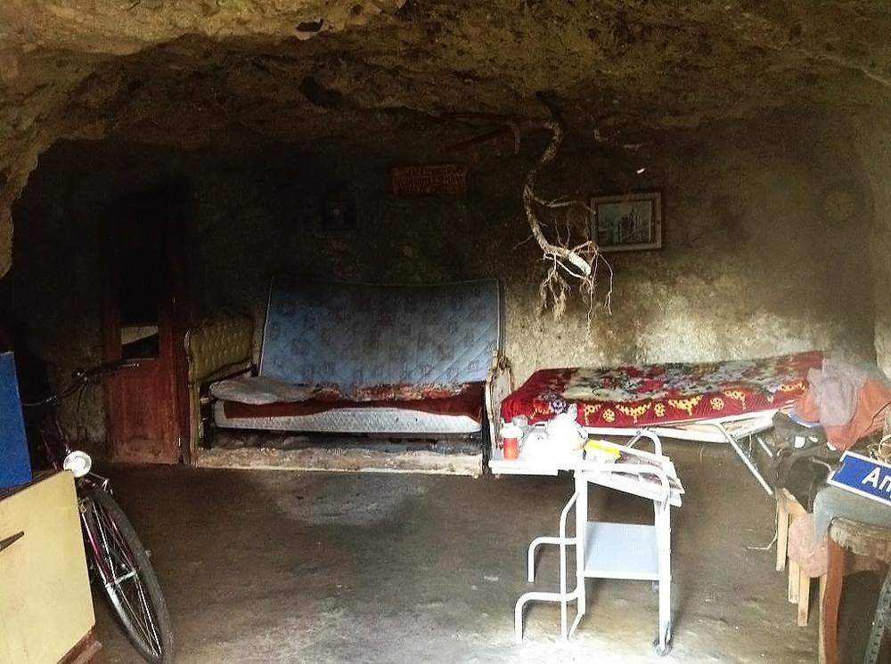 Cueva en Gurahont