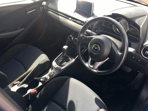 Mazda Demio Skyactive auto 2015
