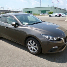 Mazda Axela 1.5 auto 2015