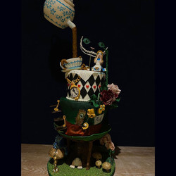 Alice in wonderland - cake