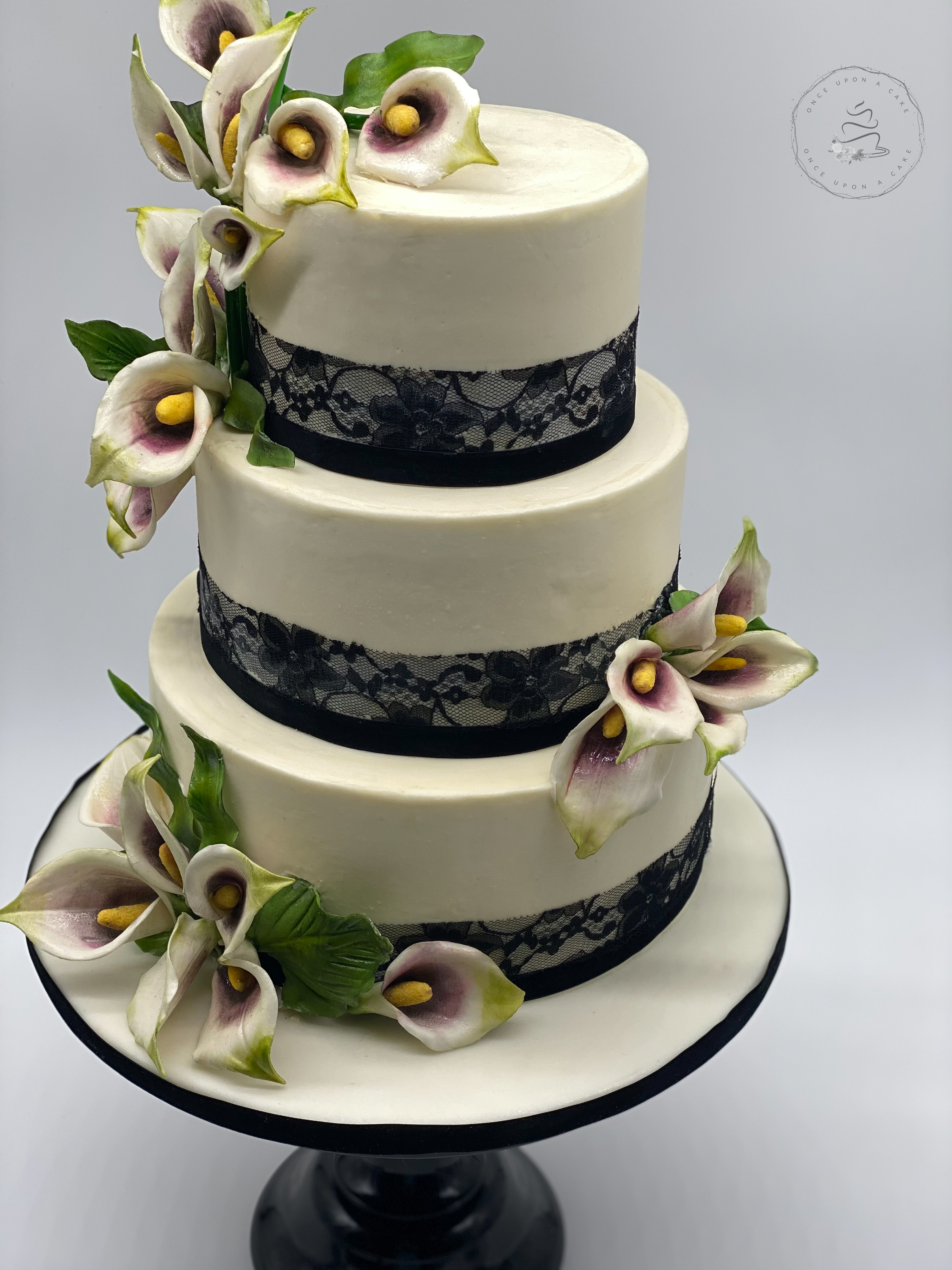 Cala Lily Sugar Flower Cake