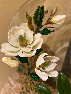 White Magnolia Sugar flower.jpg